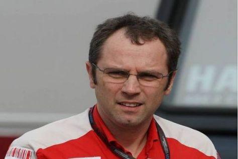 Stefano Domenicali rechnet sich gute Ergebnisse aus: Traumduo Alonso/Massa?