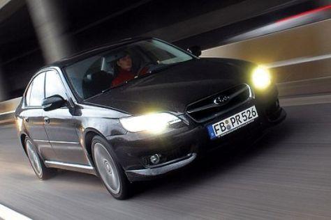 Test Subaru Legacy 3.0 R spec.B
