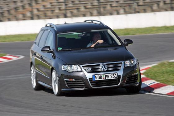 VW Passat Variant R36