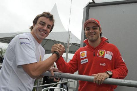 2010 Teamkollegen: Alonso (li.) und Massa