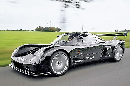 M-racing GTR 500: schwarz, martialisch, windschnittig und leicht.