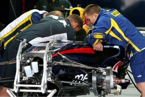 Red Bull setzt trotz aller Gerüchte weiterhin auf Renault-V8-Motoren