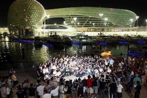 Abu Dhabi und die Golfregion wollen Wasser in der Motorsportwüste bringen