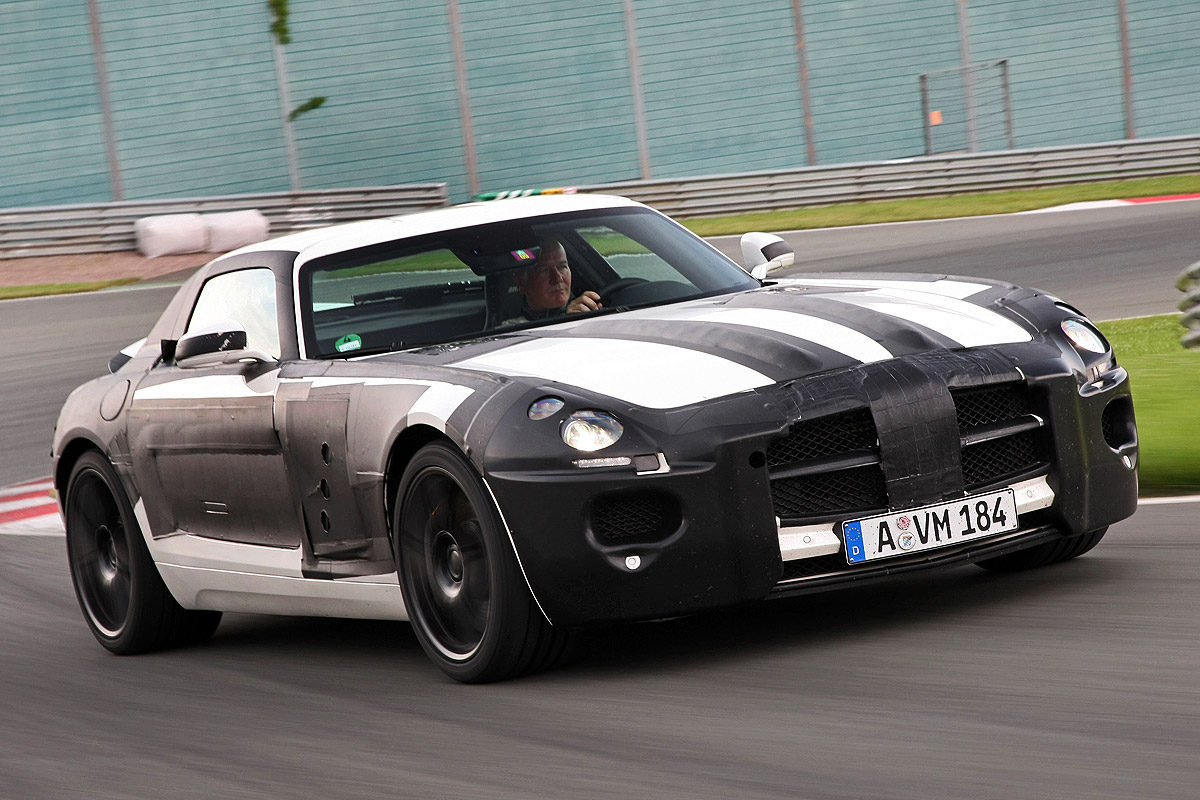 crashtest mercedes sls amg bilder. Black Bedroom Furniture Sets. Home Design Ideas