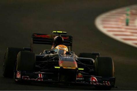Sébastien Buemi wird auch 2010 im Formel-1-Boliden von Toro Rosso sitzen