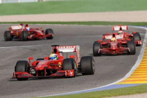 Felipe Massa führt die Ferrari-Parada in Valencia an: 16.000 Fans sind begeistert