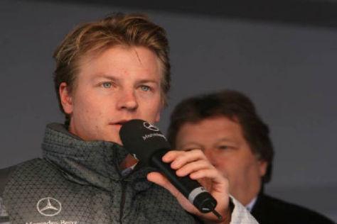 Mercedes steht ihm gut: Kimi Räikkönen hat offenbar Gespräche aufgenommen