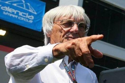 So wird's gemacht: Bernie Ecclestone ist der oberste Rennchef der Formel 1