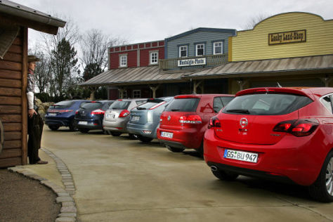 Opel Astra Honda Civic Kia Cee'd Renault Mégane Ford Focus VW Golf
