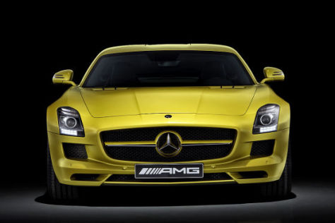 Mercedes SLS Desert Gold AMG