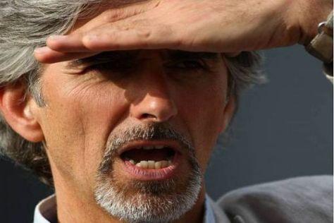 Damon Hill hält schon Ausschau nach dem siebenmaligen Weltmeister...