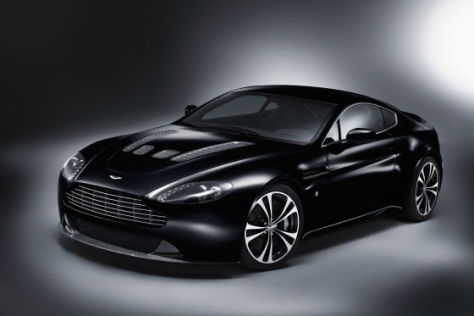 Aston Martin V12 Vantage Carbon Black Special Edition
