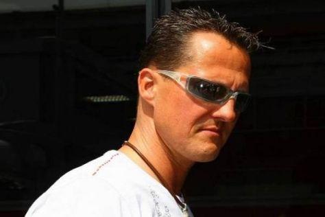 Michael Schumacher hat seinen Vertrag angeblich am Montag unterzeichnet