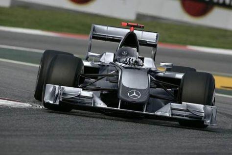Wer bestreitet 2010 den Testauftakt für das Mercedes-Werksteam in der Formel 1?