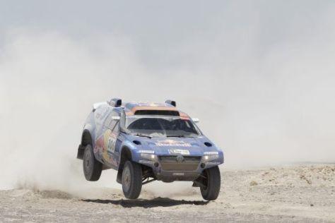 Etappensieger: Nasser Al-Attiyah/Timo Gottschalk auf VW Race Touareg