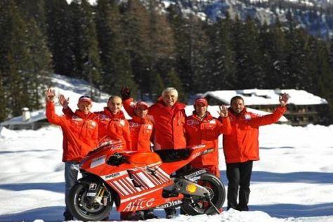 Gabriele del Torchio (Mitte) wünscht sich ein Ducati-Dreamteam mit Valentino Rossi