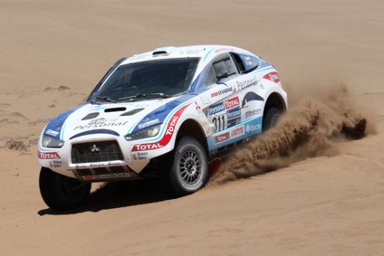 Überraschung: Terranova/Maimon holen im auf Benzinmotor umgebauten Mitsubishi Racing Lancer Tagesplatz zwei.