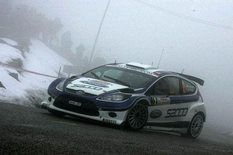 Mikko Hirvonen hat mit dem neuen Ford Fiesta einen klaren Start-Ziel-Sieg geholt