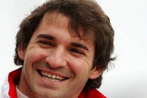 Formel-1-Pilot Timo Glock kann über die witzige Anekdote herzhaft lachen