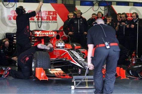 Timo Glock und das Virgin-Team brachten bislang viel Zeit in der Boxengasse zu