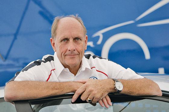 Ex-Formel-1-Pilot und VW-Berater Hans-Joachim Stuck (59) ist begeistert vom neuen VW-Pick-up.