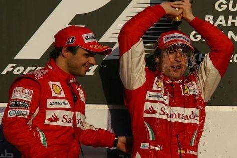Besser geht's nicht: Ferrari startet mit einem Doppelsieg in die neue Saison