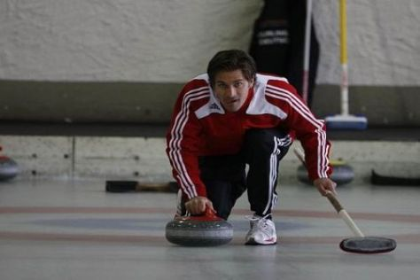 Markus Winkelhock scheint im Curling ein richtiges Naturtalent zu sein