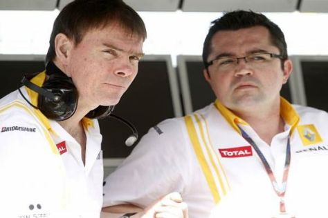 Chefingenieur Alan Permane (links) sieht im Renault R30 Top-10-Potenzial