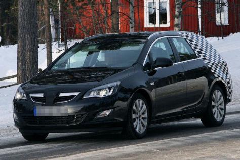 Erlkönig Opel Astra Caravan