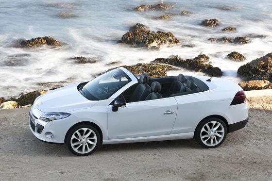 Im Juni 2010 rollt der neue Klappdach-Mégane zu den Händlern, mit Motoren von 112 bis 150 PS.