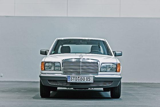 mercedes benz 280 se w126 auto bild klassik. Black Bedroom Furniture Sets. Home Design Ideas