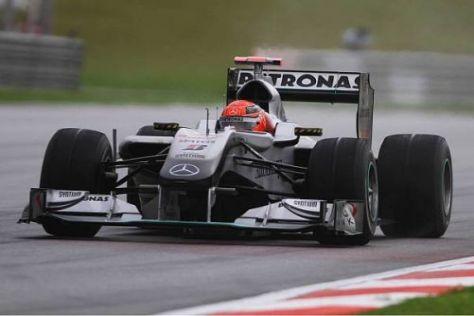 Bislang kam Michael Schumacher im W01 noch nicht in die Reichweite des Podiums