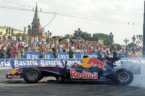 Wo Red Bull eine Formel-1-Show macht, da bleiben Spuren auf der Straße