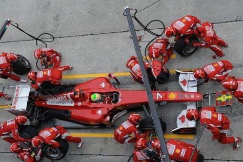 Felipe Massa wird künftig wahrscheinlich noch oft bei der Ferrari-Crew vorfahren...