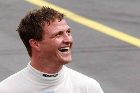 Ralf Schumachers Blick geht nach oben: 2010 soll das erste DTM-Podium her