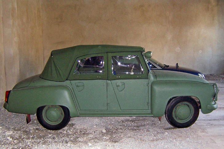 funkstreifenwagen wartburg 311 kombi