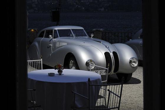 BMW feierte nach 70 Jahren die Auferstehung des 328 Kamm-Copupés.