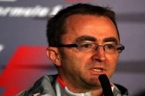 Qualifyingschwäche: Paddy Lowe tappt (noch) im Dunkeln