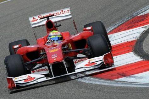 Felipe Massa und Teamkollege Fernando Alonso erhalten verbesserte Motoren