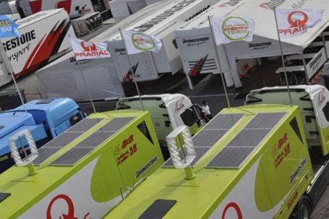 Die Pramac-Lkws lieferten in Jerez fast genug Strom für die Box des Rennstalls