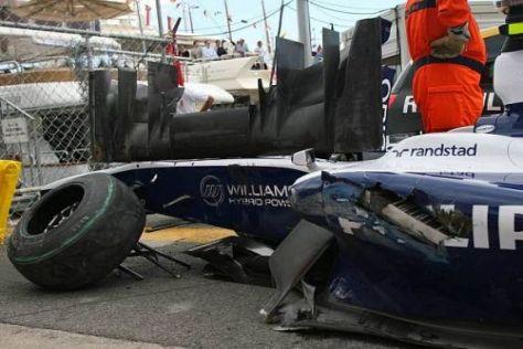 Das Auto von Nico Hülkenberg war nach dem Crash stark beschädigt