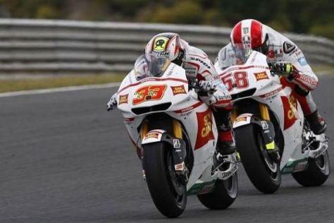 Attacke in Le Mans: Das Gresini-Honda-Duo will sich nun weiter steigern