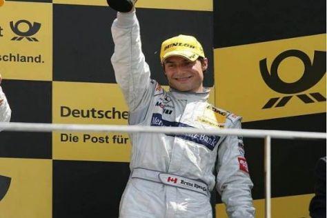 Bruno Spengler grüßt zum ersten Mal als Spitzenreiter vom Podium