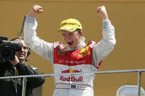 Endlich wieder richtig jubeln: Mattias Ekström feiert seinen 14. Sieg in der DTM