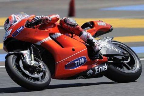 Geschmeidiger Fahrstil: Nicky Hayden auf der Ducati Desmosedici GP10