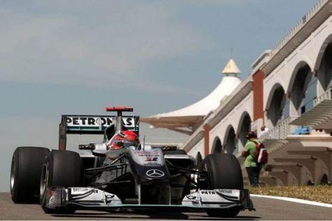Michael Schumacher platzierte sich trotz Drehers vor Nico Rosberg