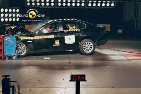 BMW 5er im Euro NCAP-Crashtest Juni 2010