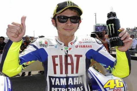 Valentino Rossi lässt sich seine Schulterschmerzen kaum anmerken