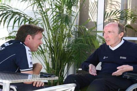 Sam Michael diskutiert mit Frank Williams die verschiedenen Möglichkeiten
