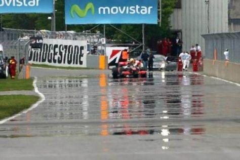 Zu wenig Sprit: Lewis Hamilton stellte sein Auto in der Auslaufrunde ab